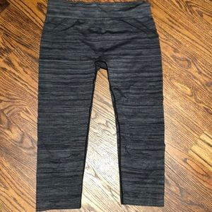 Fabletics grey and black stripped cropped leggings